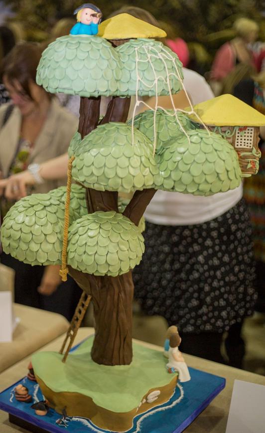 treehouse-island-cake