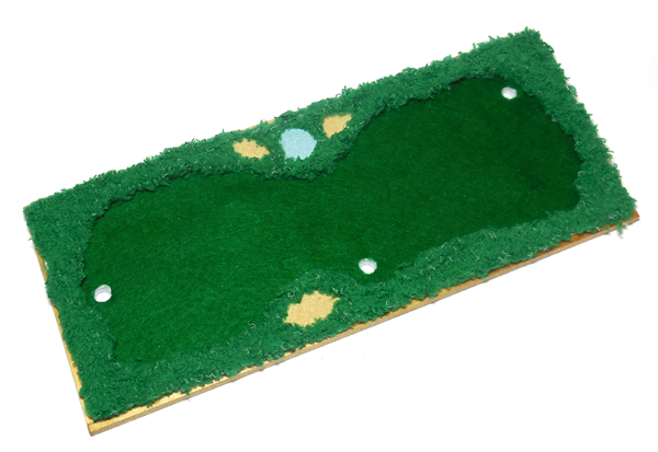 Frame-the-Putting-Practice-putting-green