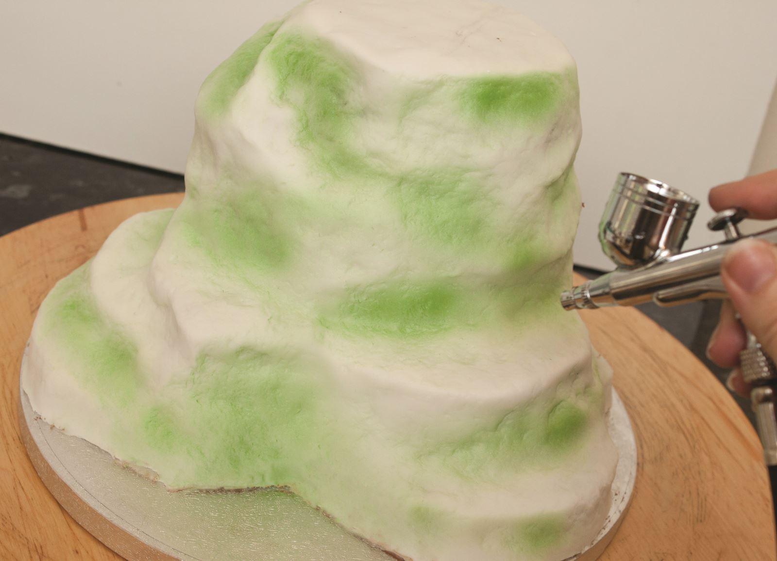 Zombie cake step 5