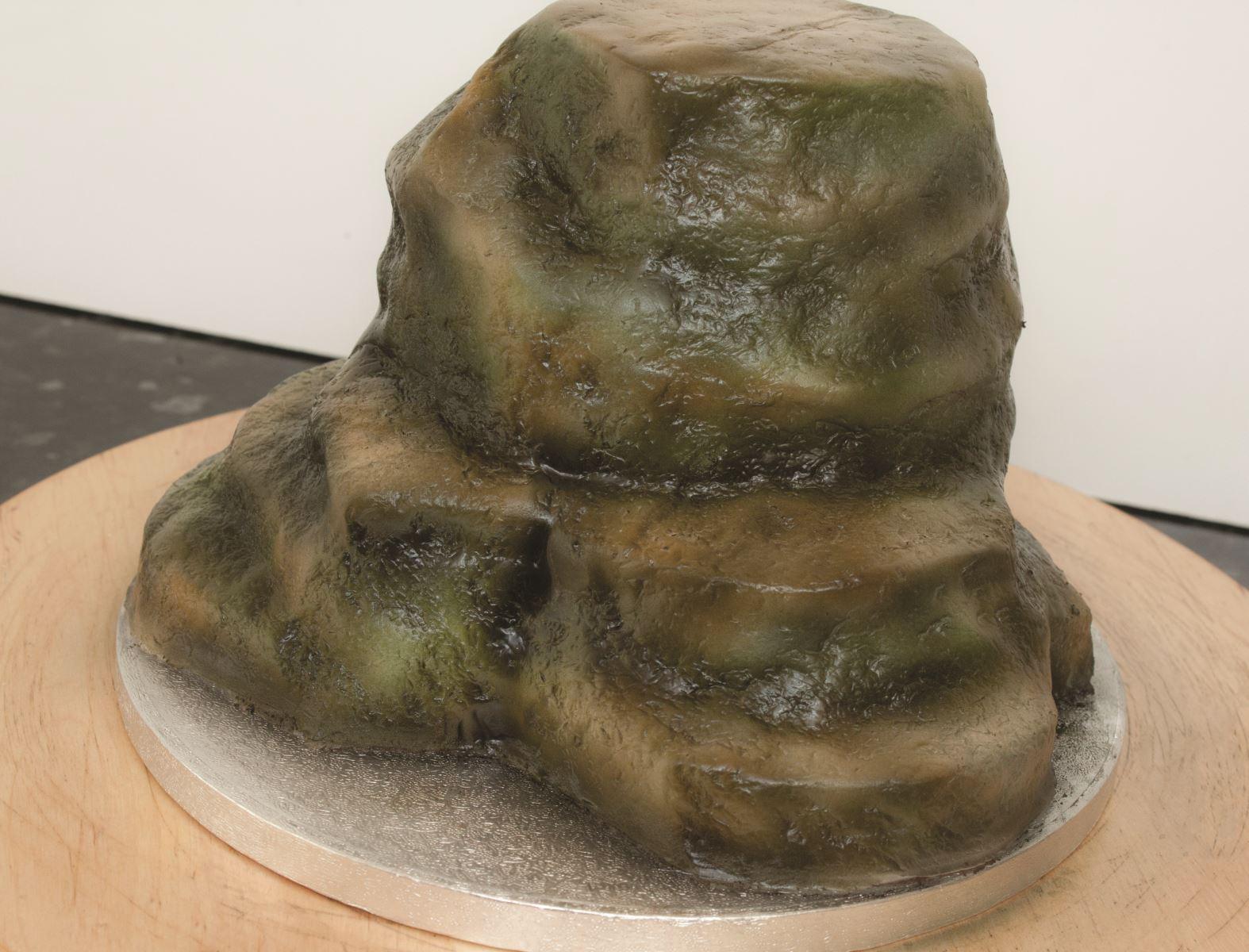 Zombie cake step 6