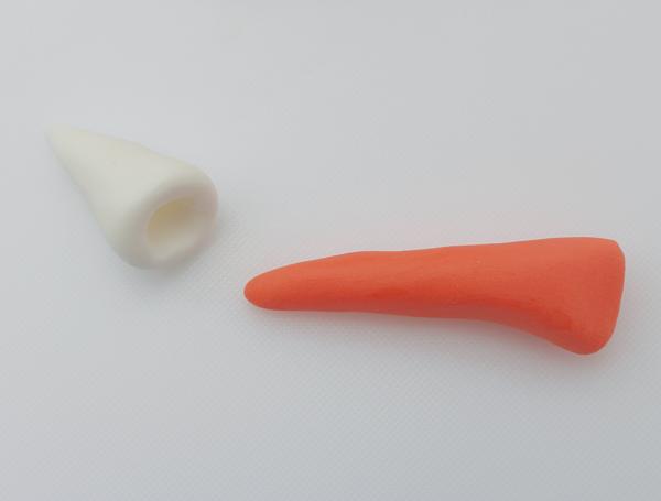 fondant fox tail