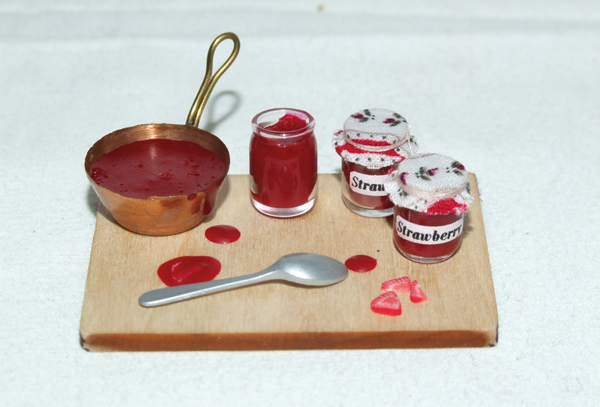 Miniature jam collection finished