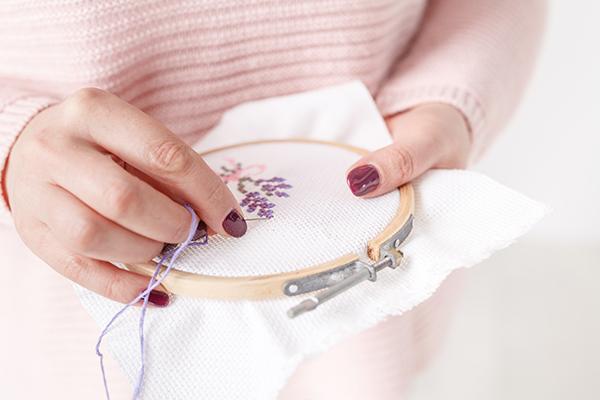 cross stitching flowers