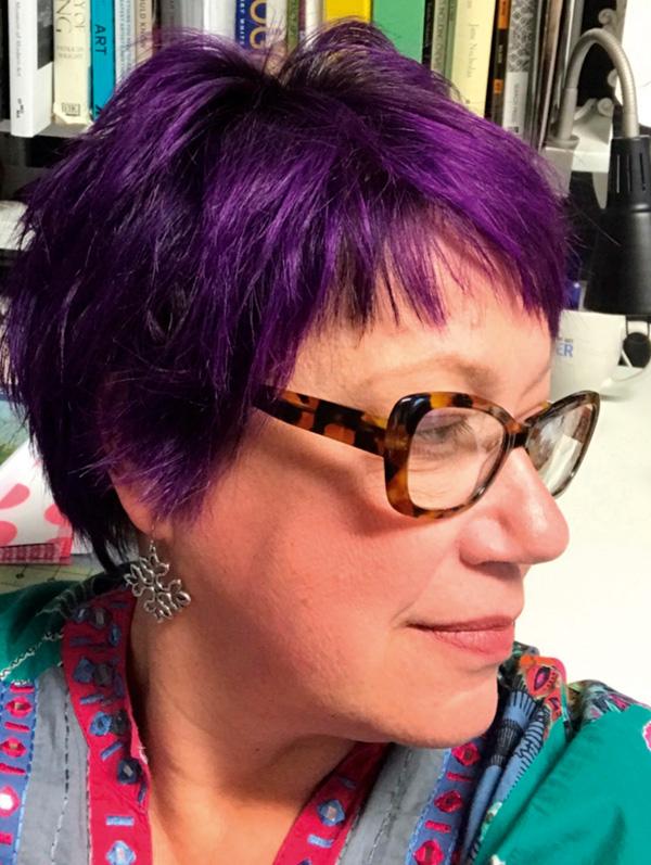 Catherine Hicks embroiderer headshot