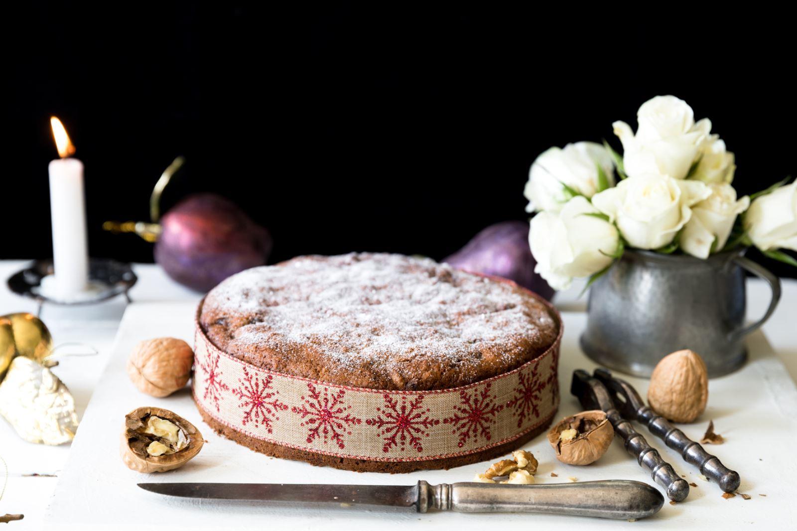 Gluten Free Christmas Cake Date and Walnut