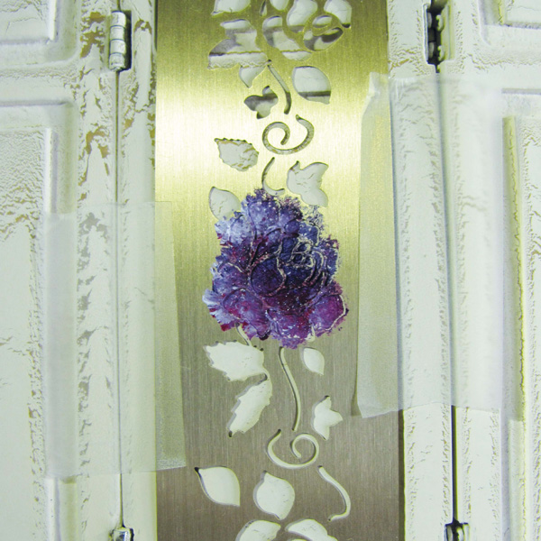 Stencilled flower