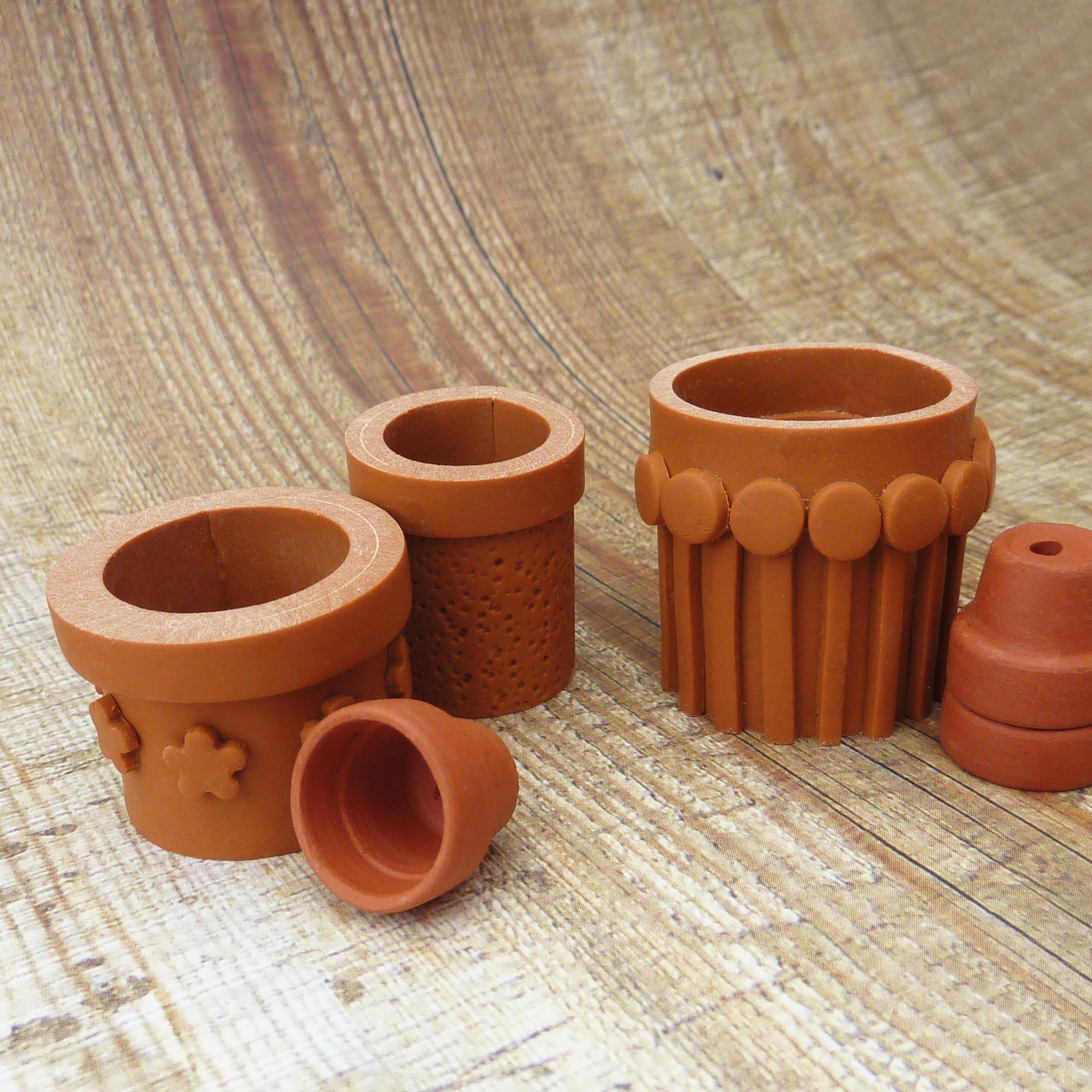miniature-garden-terracotta-pots