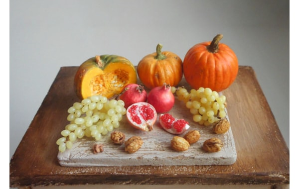 Polymer clay miniature fruit and vegetable board by Candida Maritato