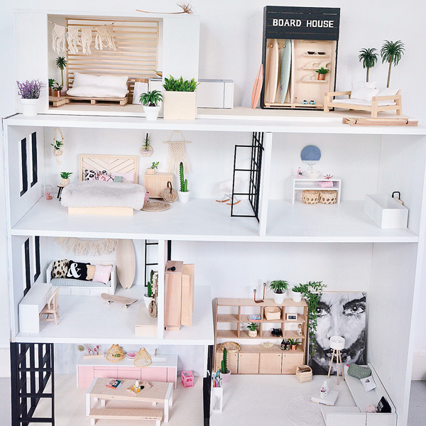 Ollies Dollhouse Scandi style dollshouse