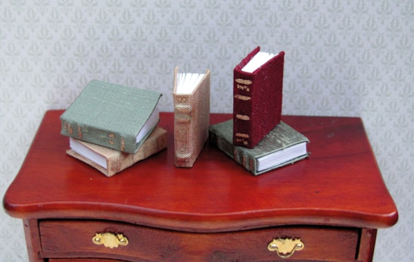 How to make miniature books