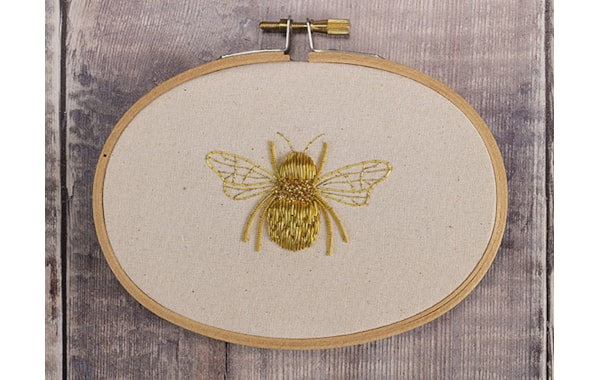 Queen-Bee-goldwork-design