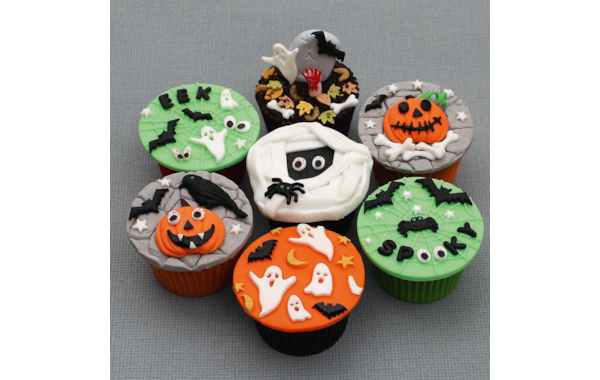 Spooky-cupcakes-58423.png