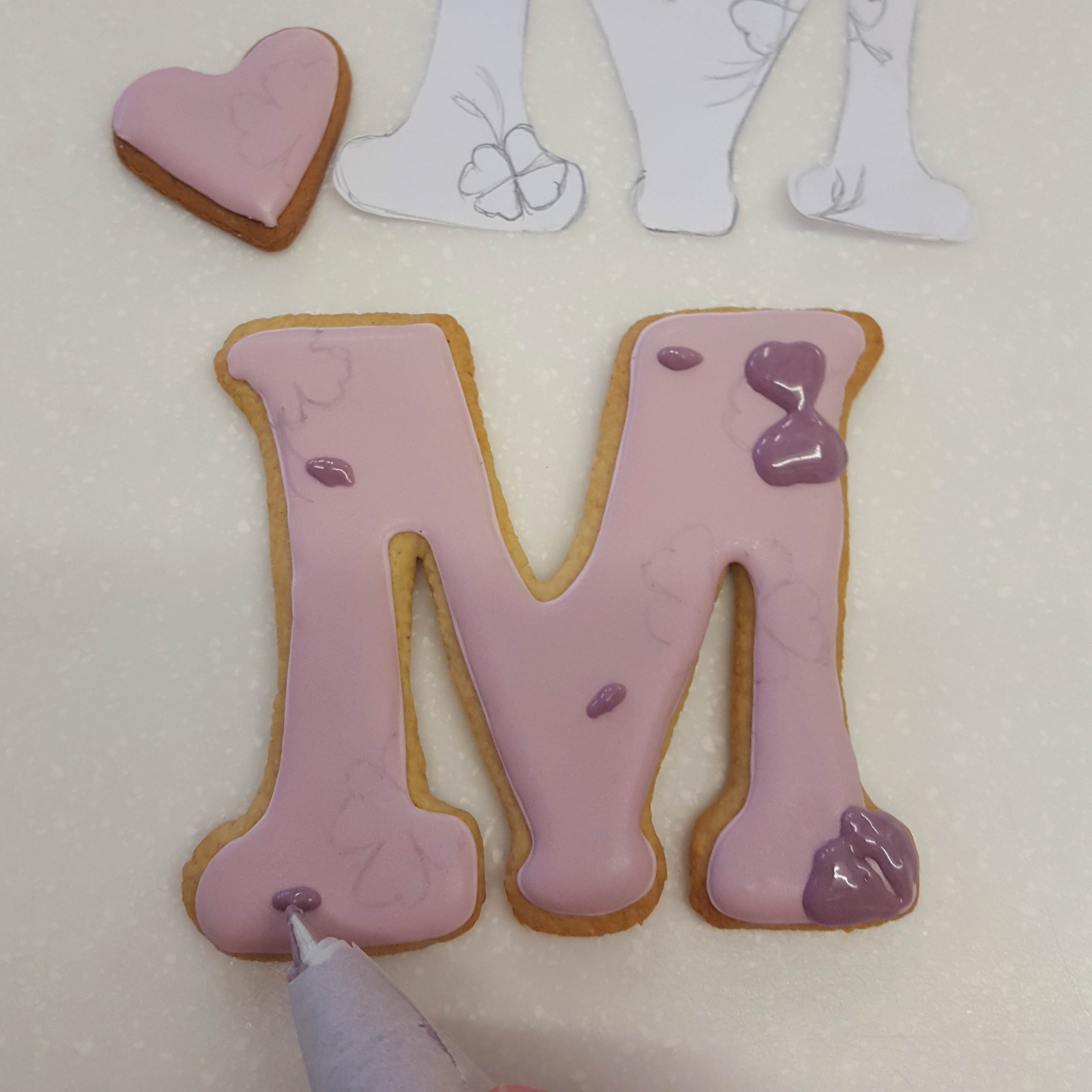 Mother's Day biscuits step 11