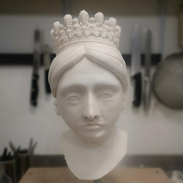 Queen-Victorias-head