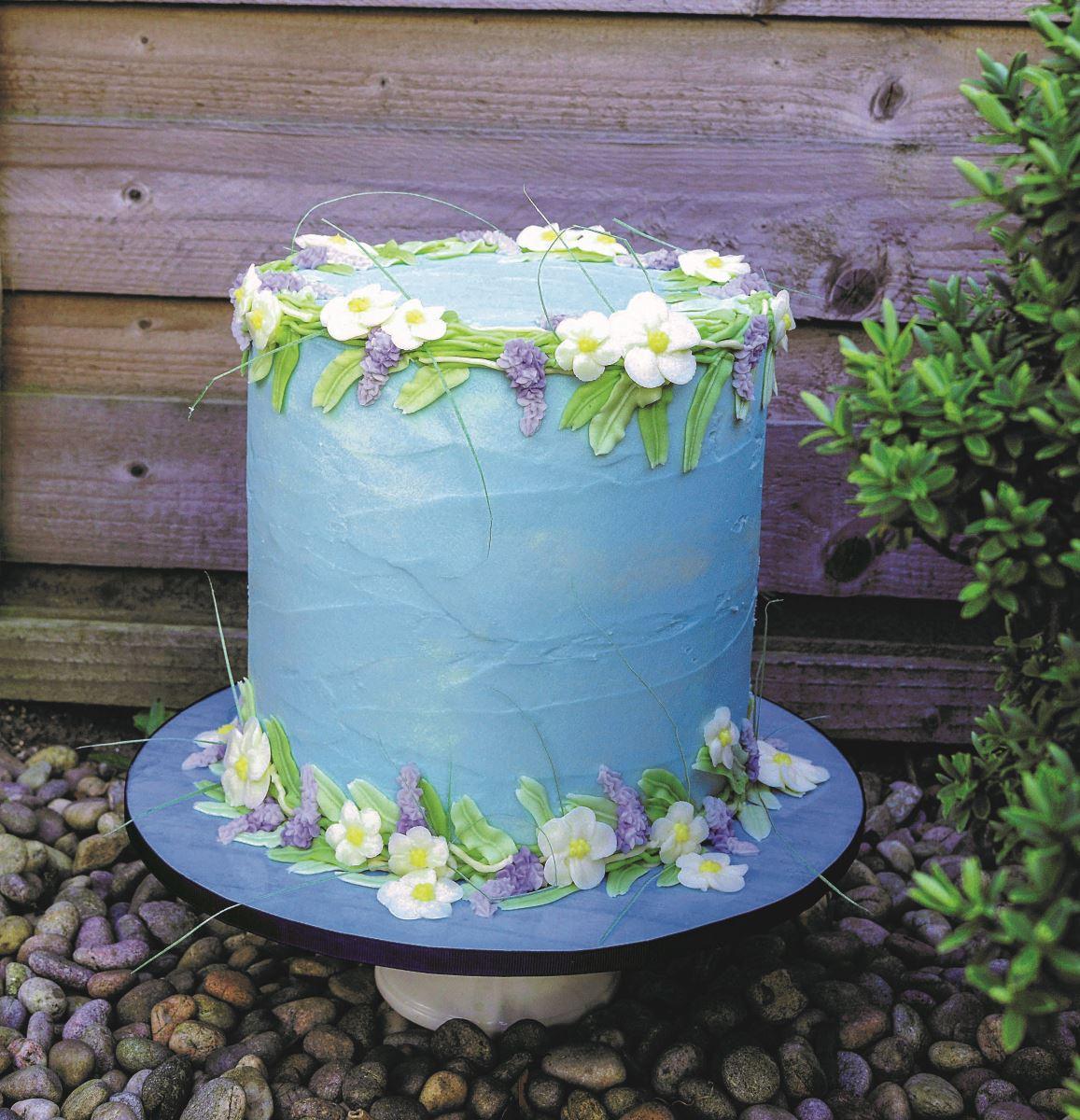 Blue buttercream cake