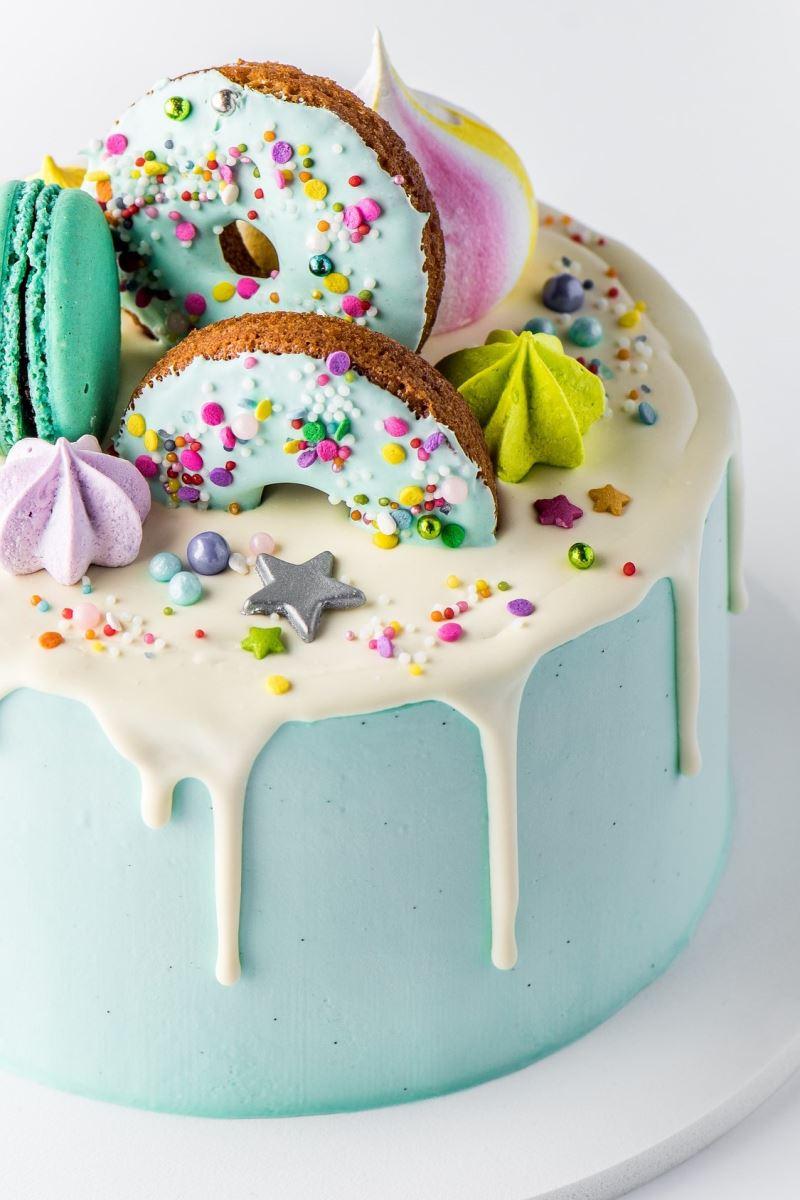 Bespoke cake