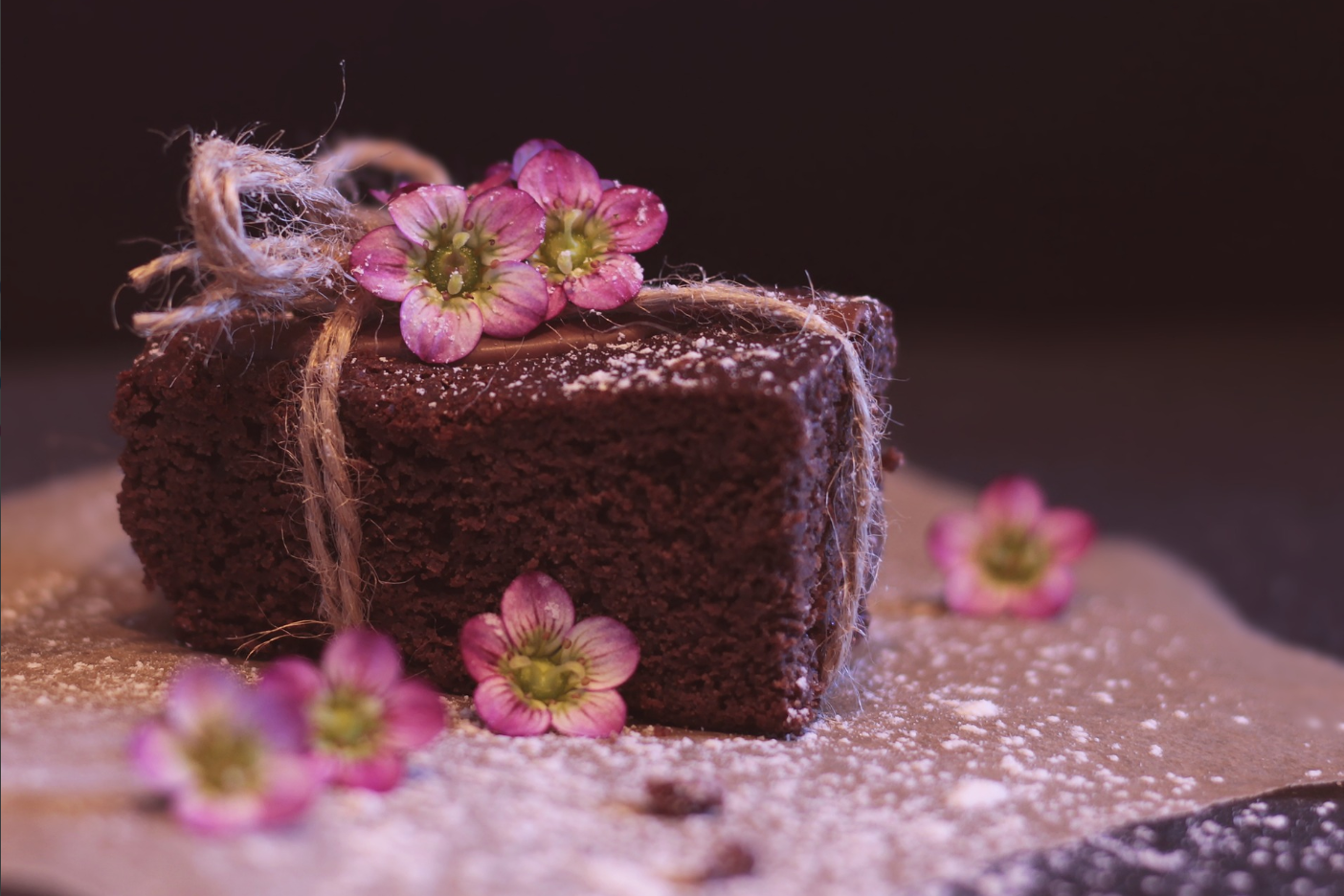How to make a fondant bow: chocolate recipes