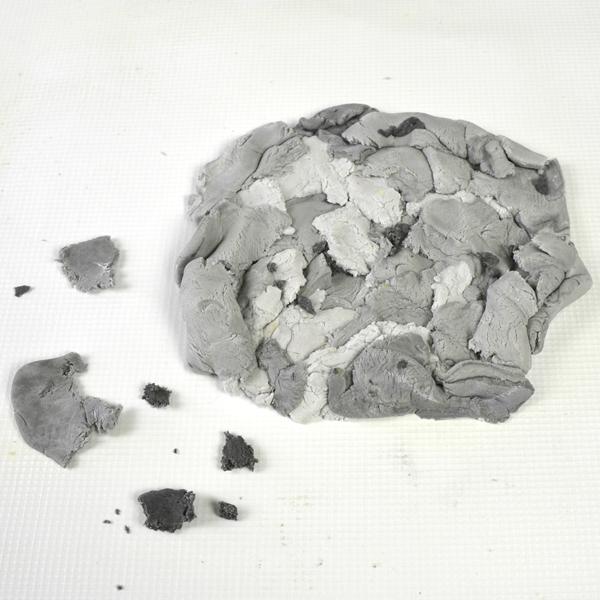 concrete-stone-cake-texture-sugarpaste-pieces