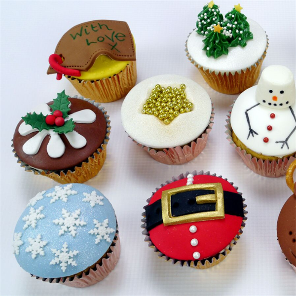 Quick Christmas Cupcakes