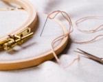 embroidery-hoop-needle-thread