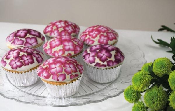 finished-cupcake-30116.JPG