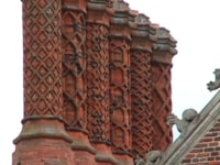 imports_HAC_hampton-court-palace-chimneys_78341.jpg