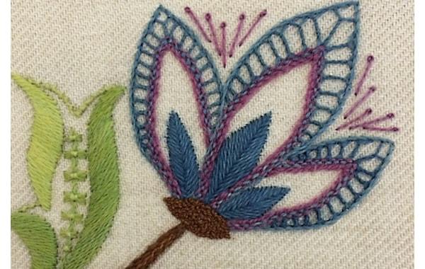 jen-goodwin-crewel-embroidery-flower