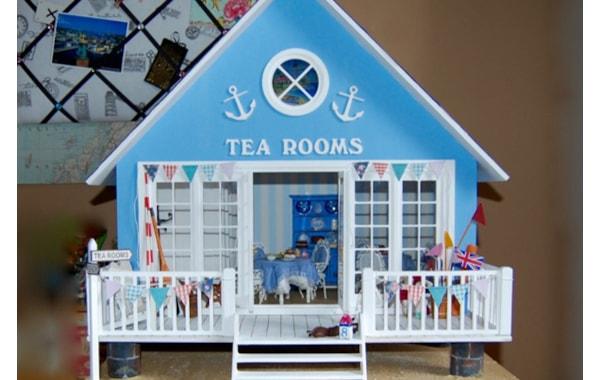 miniature-beachside-cafe