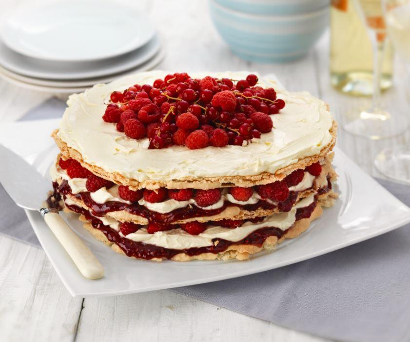 Gluten free raspberry macaron cake