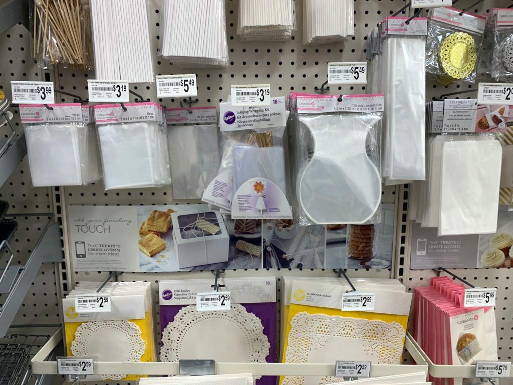 Storing wafer paper