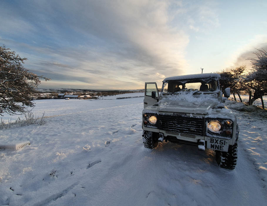 Defender in the Yorkshire snow