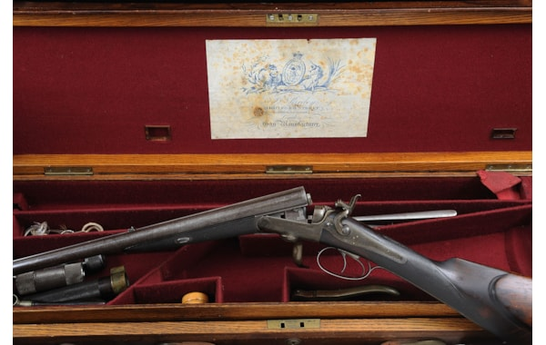 Price of Wales rare Purdey rifle sold