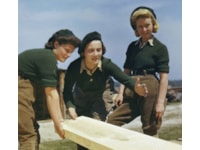 Rare colour photos of the girls in WWII