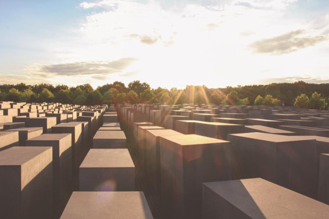 Berlin-Monument-edit-61402.jpeg