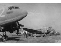 Dakotas-over-Duxford-11614.jpg