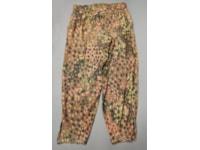 Dot pattern camouflage pants