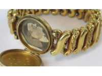 Goring's wife's locket sold at Hermann Historica