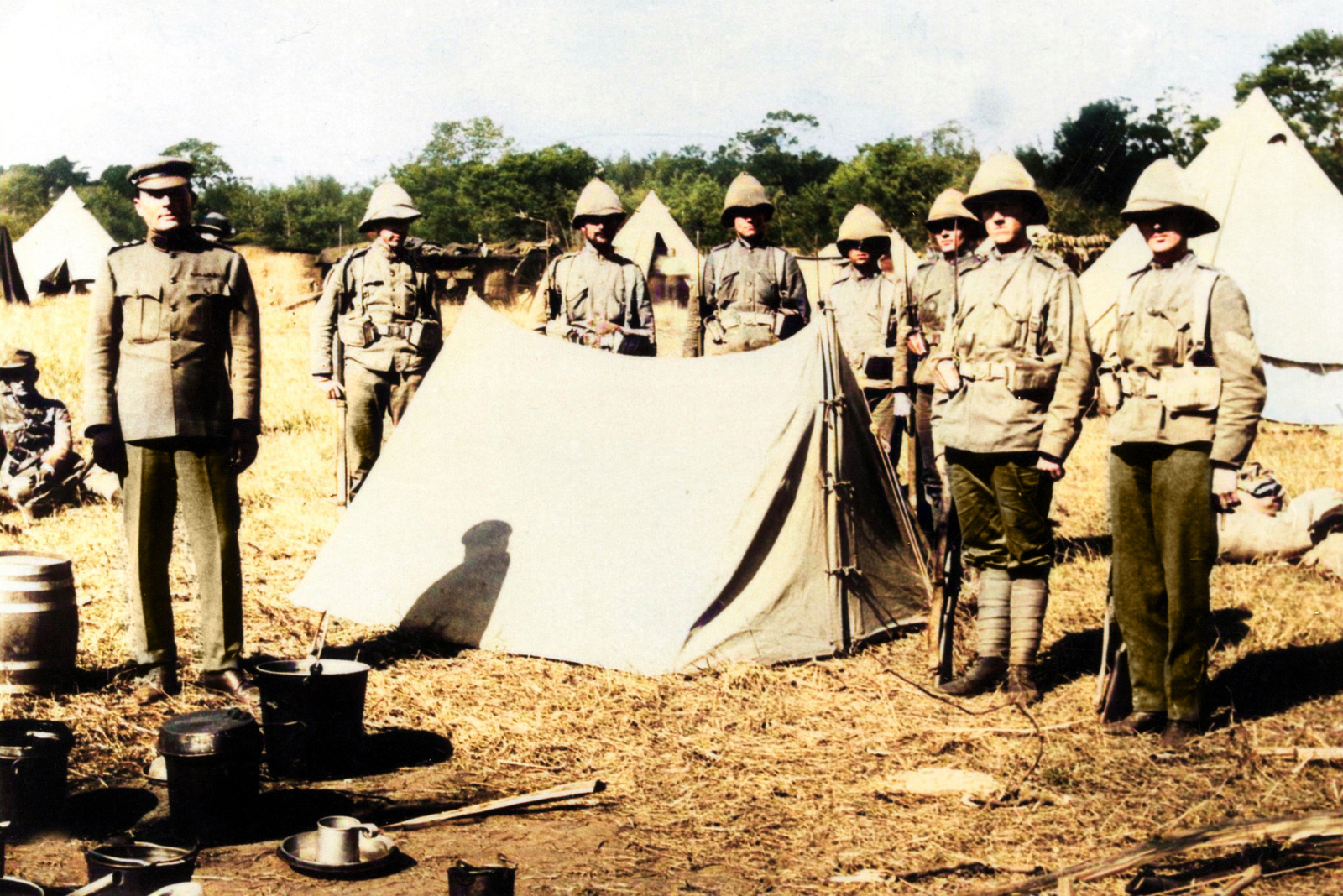 Men of the Durban Light Infantry mounting a guard over Bambatha's head. The treatment of the chief provoked considerable controversy at the time