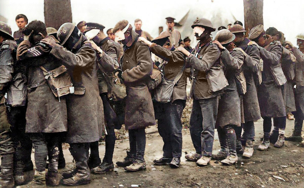 British troops in 1918 blinded in a gas attack