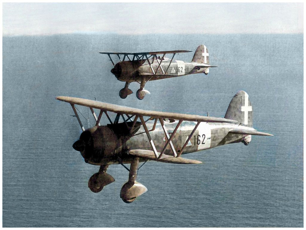 The Fiat CR 42s dispatched to chase the LRDG were effective Italian biplane fighter bombers