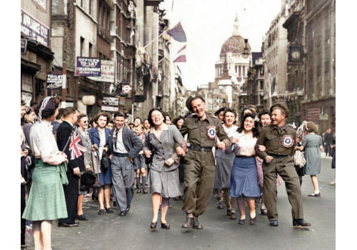 VE Day in London 8 May 1945