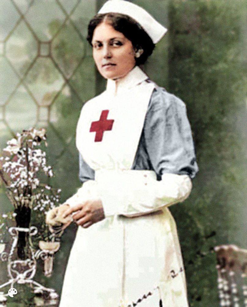 Violet Jessop was a volunteer nurse who had the misfortune to be on the Titanic when it sank but had the good fortune to survive