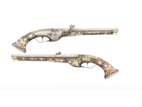 Ancient pistols at Sixth Antique Arms Fair