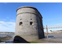 The gun tower at low tide