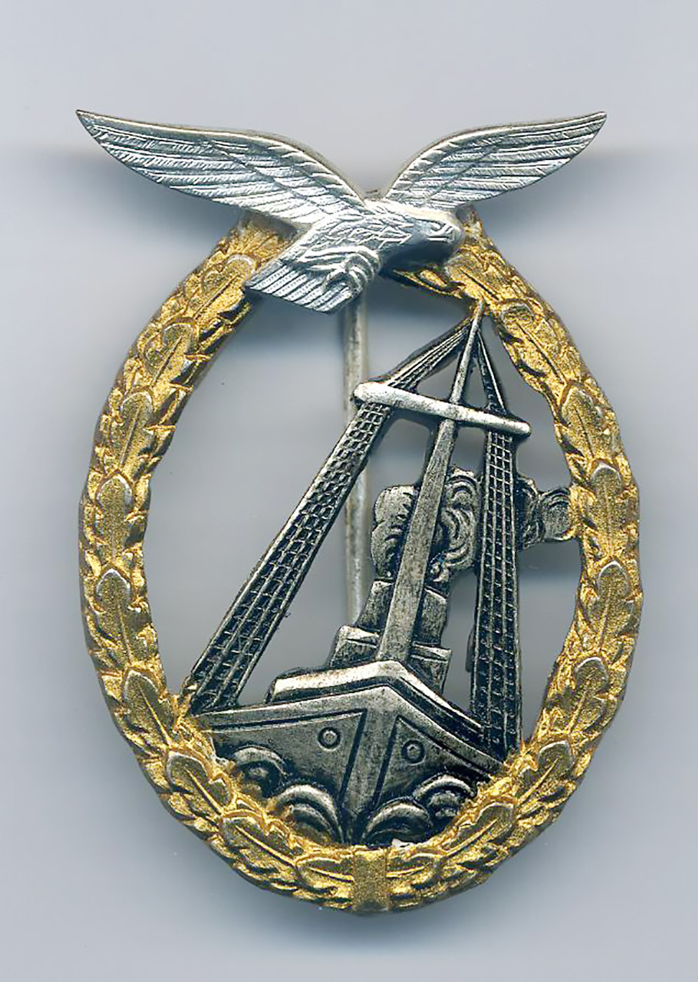 Luftwaffe Air Sea badge in the 1957 form