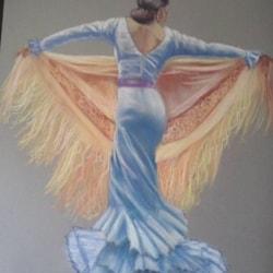 Flamenco with a gold shawl