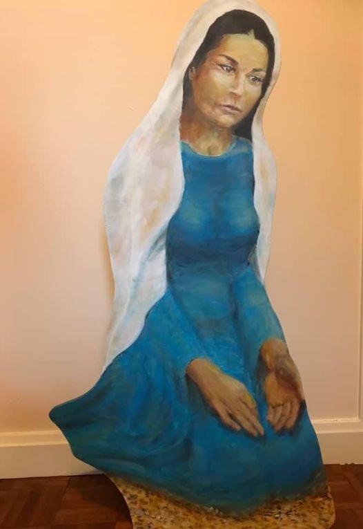 Nativity Mary Gaze of love