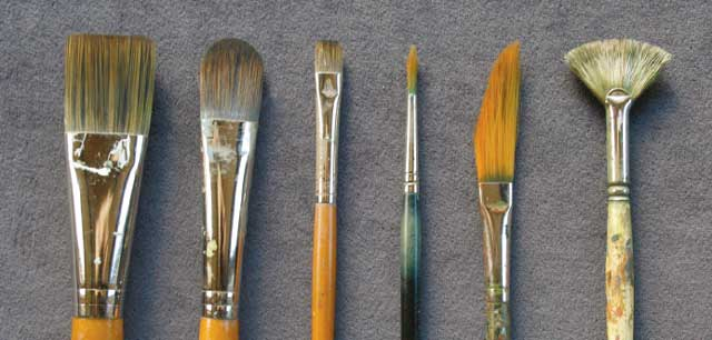 Types of brush for acrylic painting