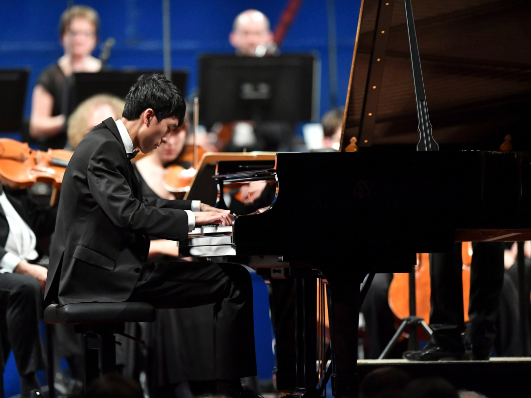 4Eric-Lu-winner-of-the-Leeds-International-Piano-Competition-2018-performs-at-the-Finals-at-Leeds-41947.jpg