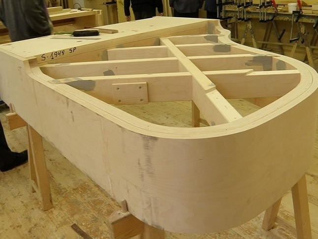 4x3-making-of-a-piano-82287.jpg